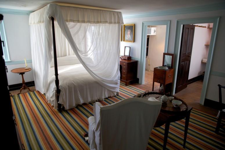 Washington's Mount Vernon bedroom; the room where George Washington died in 1799 - MVLA (Rob Shenk)
