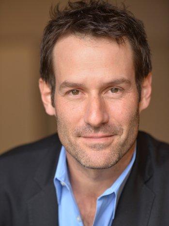 Actor Ian Kahn plays George Washington in AMC's TURN (AMC)