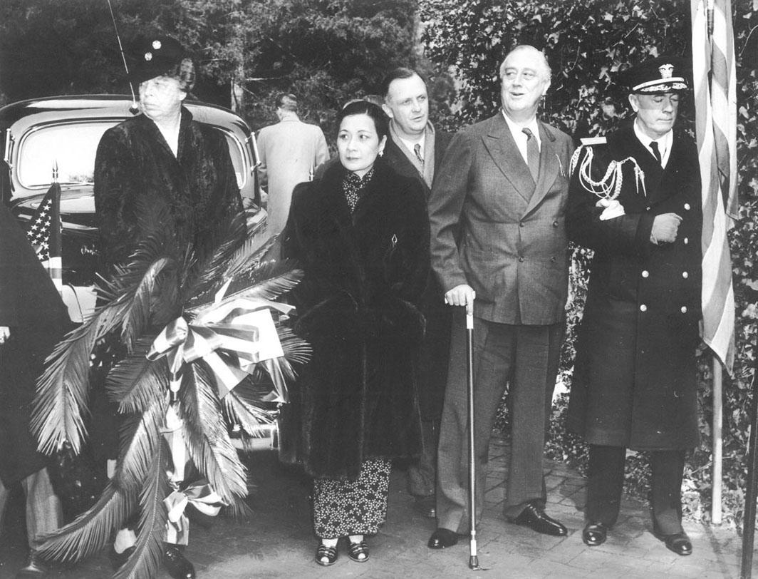 Eleanor Roosevelt, FDR, Madame Chiang Kai Shek visiting Washington's Tomb at Mount Vernon