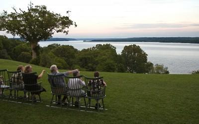 Guests enjoying the view across the Potomac River.