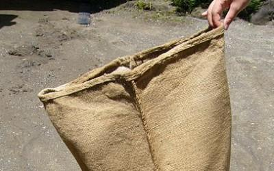 Hemp sack with hemp threading