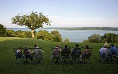 Guests looking at George Washington's beloved view.