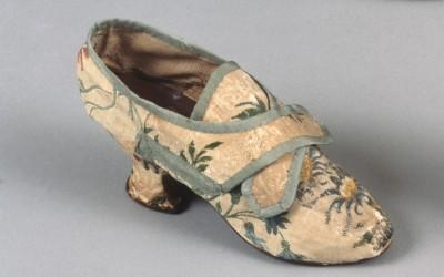 Said to be worn by a woman who danced with George Washington, these shoes were made by John Hose, London and worn in America, ca. 1760. Brocaded silk lined…
