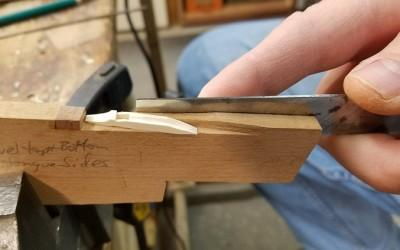 Trimming tongue corner with a jig