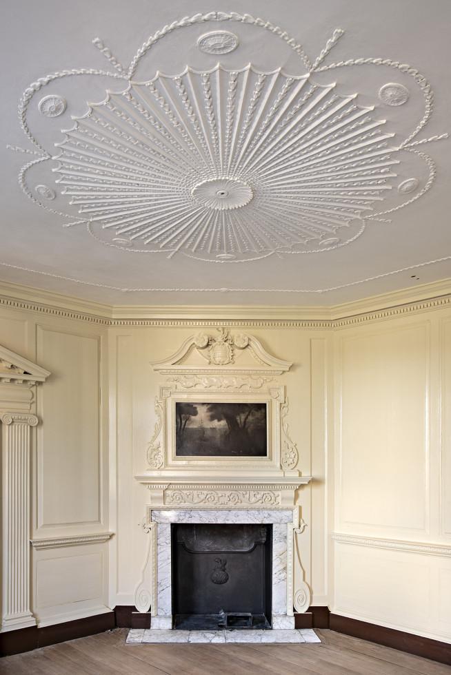 George Washington's front parlor after restoration work, Willie Graham.