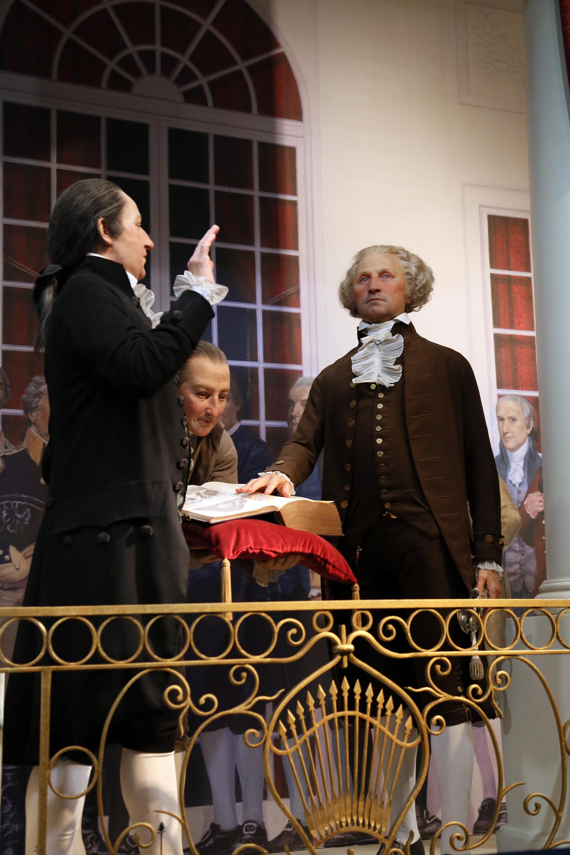 A recreation of Washington's inauguration, from Mount Vernon's Ford Orientation Center
